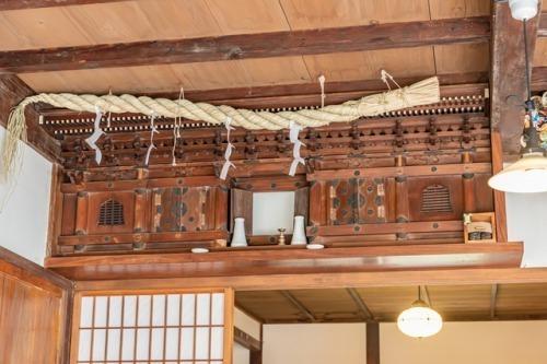 置き 方 神棚 神棚の作り方&正しく手軽に設置する7つのワザ紹介